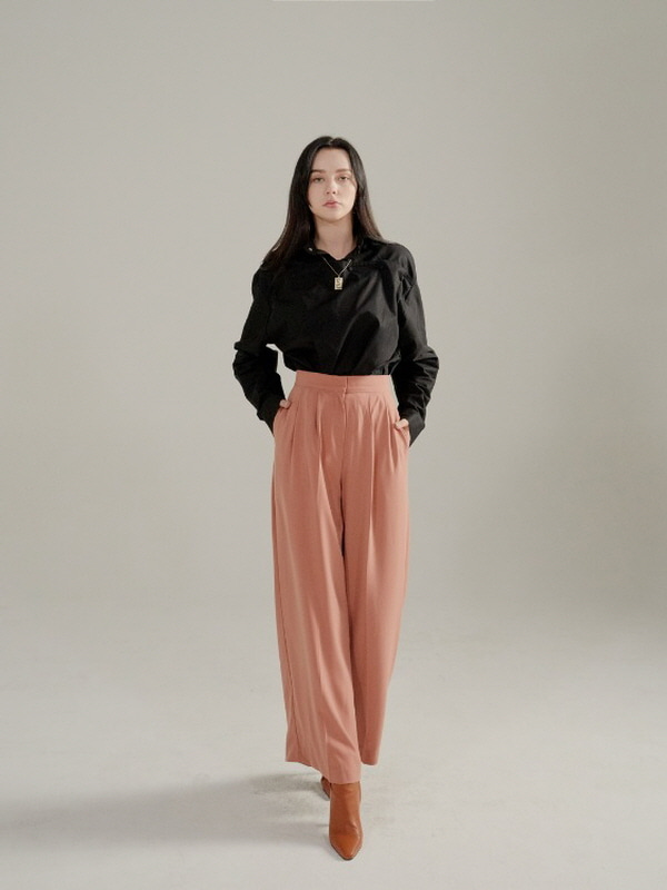 097. Wide-leg Trousers / INDIA PINK